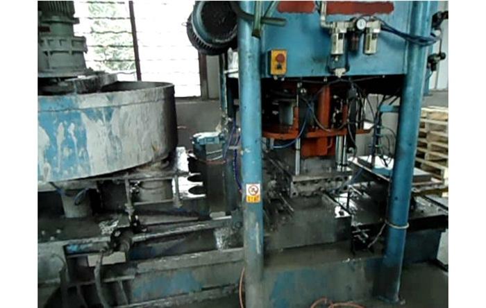 320水磨砖压机